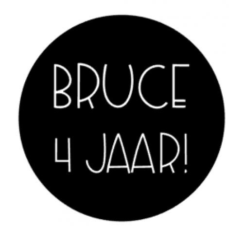 Verjaardagssticker rond Bruce
